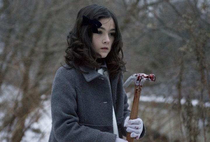 The Orphan - Esther bludgeons num