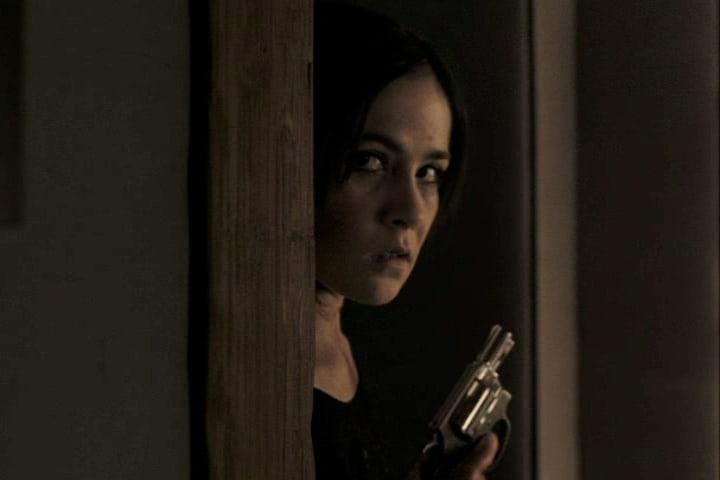 The Orphan - Esther With Handgun