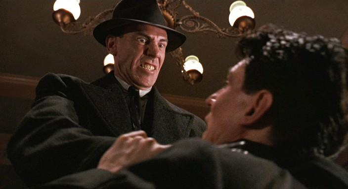 Miller's Crossing - Freeman strangles Byrne