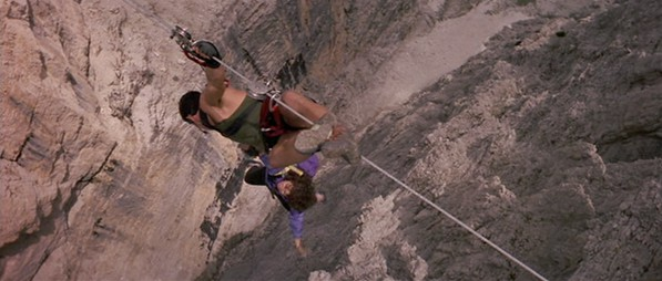 Cliffhanger - Stallone and Joyner over chasm